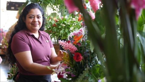KIva US Borrower w Flower Shop
