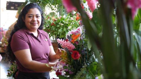 KIva US Borrower w Flower Shop